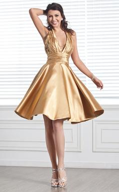 A-linjainen/Prinsessa Niskalenkillä Polvipituinen Charmeuse Tanssiaismekko jossa Rypytys Helmikuvoinnit (022020614)