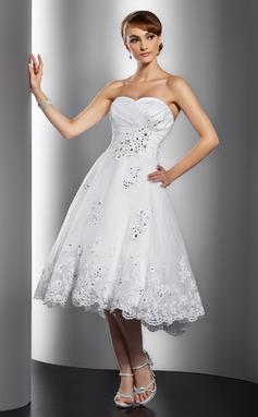 Corte A/Princesa Novio Hasta la rodilla Organdí Vestido de novia con Volantes Cuentas Los appliques Encaje Lentejuelas (002014769)