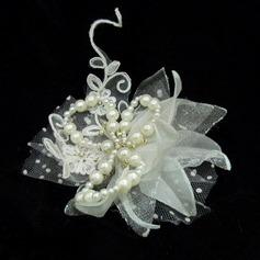 Kaunis Keinotekoinen silkki/Tylli Kukkia ja höyhenet jossa Venetsialaine Helmi (042025416)